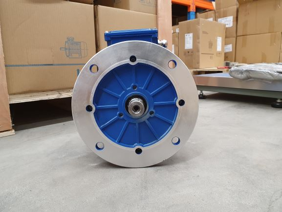 Elektrimootor 2,2kW/1500 p/min T3A 100L1-4 B5; IE3; IP55; 230/400V