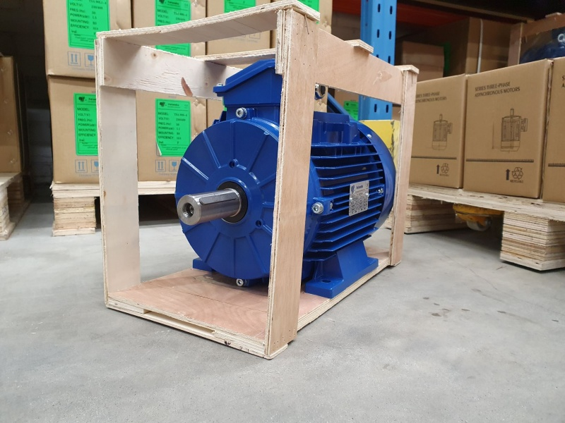 Elektrimootor 5,5kW/3000 p/min T3A 132S1-2 B3; IE3; IP55; 400/690V; PTC termistorid 130℃
