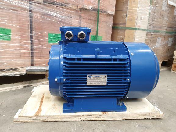 Elektrimootor 18,5kW/3000 p/min T3A 160L-2 B3; IE3; IP55; 400/690V; PTC termistorid 130℃