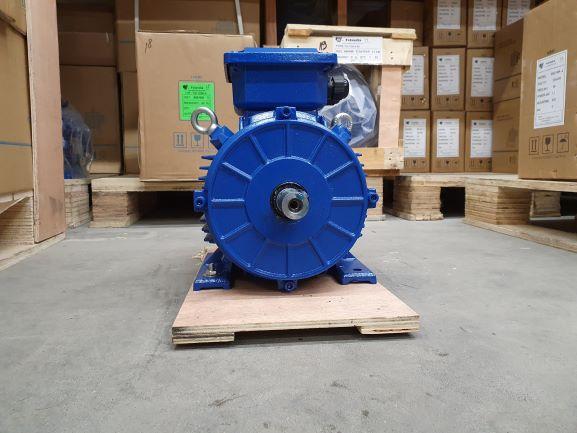 Elektrimootor 4,0kW/1500 p/min T3C 112M-4 B3; IE3; IP55; 400/690V; PTC termistorid 130℃