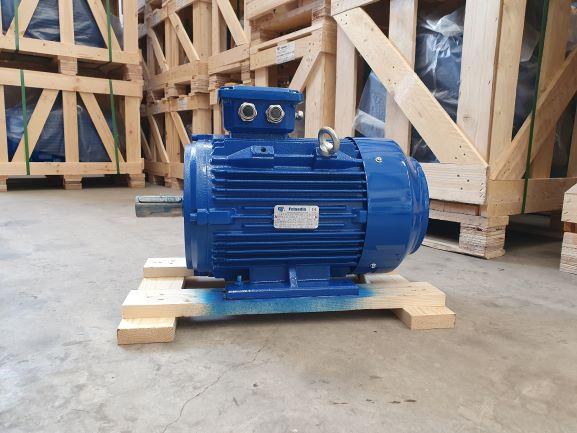 Elektrimootor 7,5kW/1500 p/min T3C 132M-4 B3; IE3; IP55; 400/690V; PTC termistorid 130℃