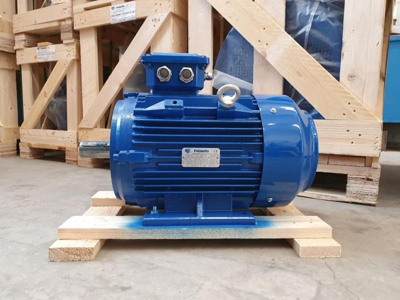 Elektrimootor 5,5kW/1000 p/min T3C 132M2-6 B3; IE3; IP55; 400/690V; PTC termistorid 130℃