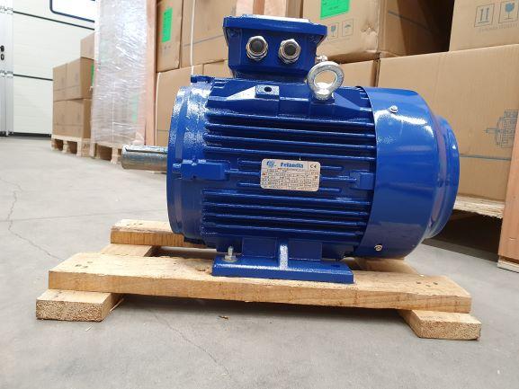 Elektrimootor 5,5kW/1500 p/min T3C 132S-4 B3; IE3; IP55; 400/690V; PTC termistorid 130℃