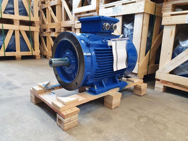 Elektrimootor 30,0kW/1500 p/min T3C 200L-4 B35; IE3; IP55; 400/690V; PTC termistorid 130℃