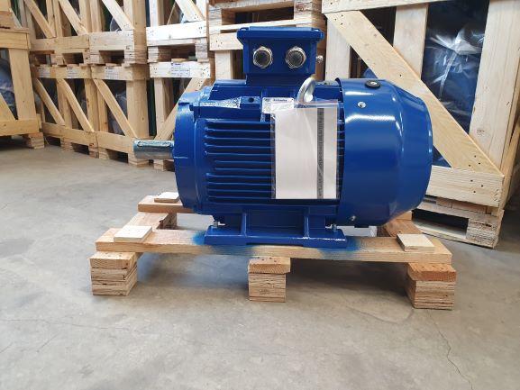 Elektrimootor 30,0kW/1500 p/min T3C 200L-4 B3; IE3; IP55; 400/690V; PTC termistorid 130℃
